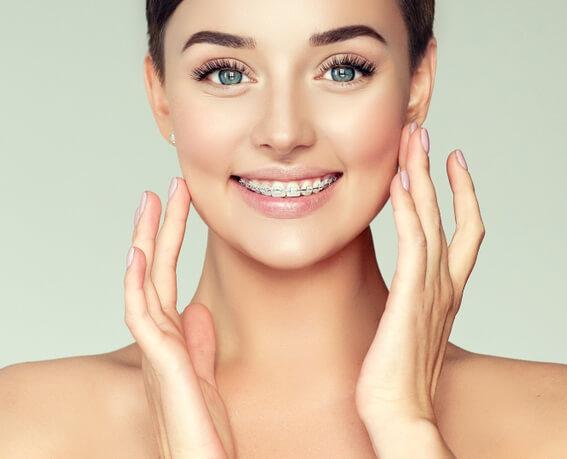 Ghizlane | Blog | Ortodontik tedavi sonrası dişlerim tekrar bozulur mu ?